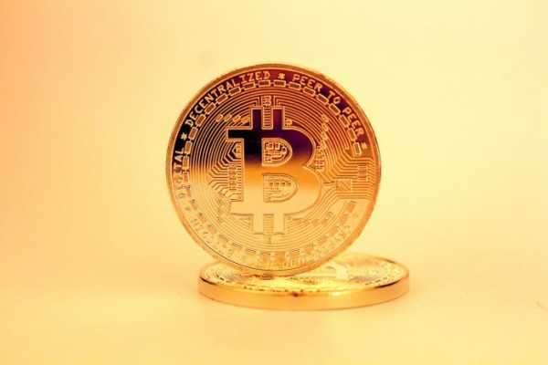 846bdb2151549be42a50813d6e14657d - Bitcoin auf $40k – oder Todeskreuz? Was Analysten jetzt bei BTC erwarten